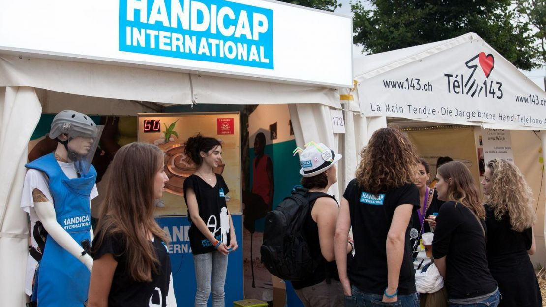 Stand de Handicap International au Paléo festival 2014, Nyon